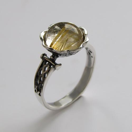 Кольцо с золотистым кварцем, арт. ЦВСЕТ3