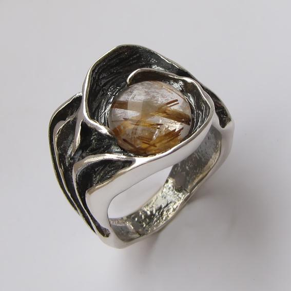 Кольцо с золотистым кварцем, арт.ИЗР3