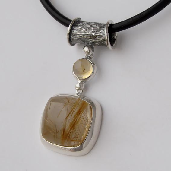 Кулон КВКП115К с золотистым кварцем, цитрином