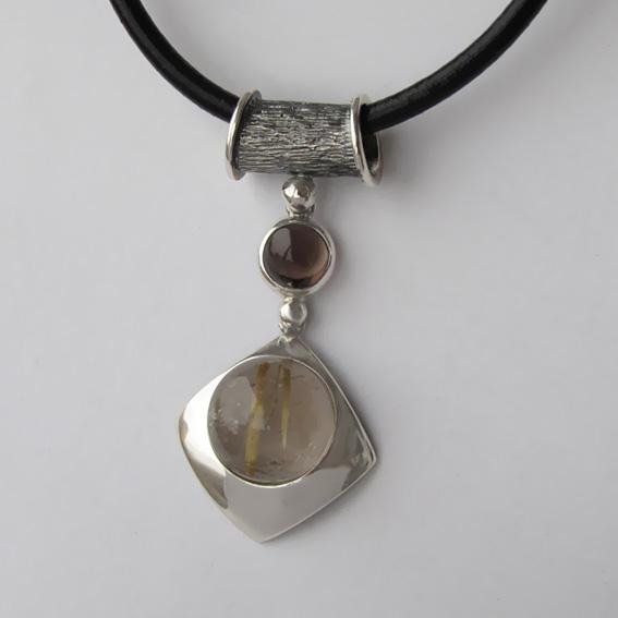 Кулон с золотистым кварцем, раухтопазом КВВ112