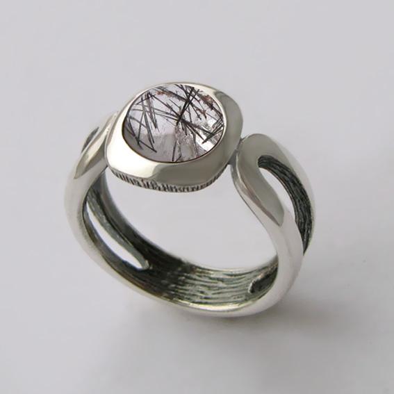 Кольцо с рутиловым кварцем, арт. ЛСП3