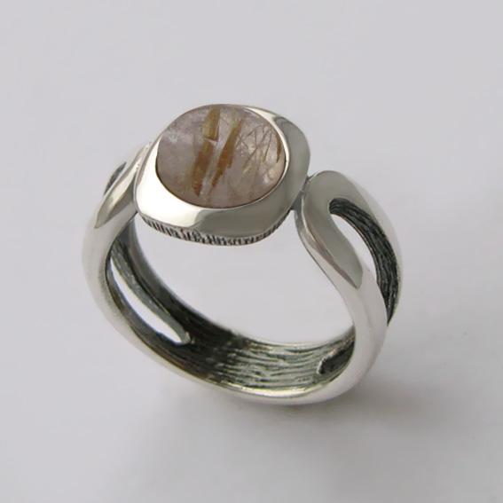 Кольцо с золотистым кварцем, арт. ЛСП3
