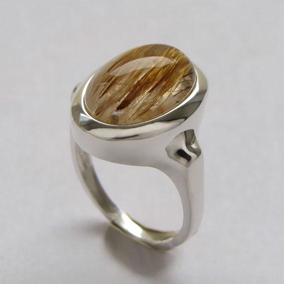 Кольцо ОВ312 с золотистым кварцем