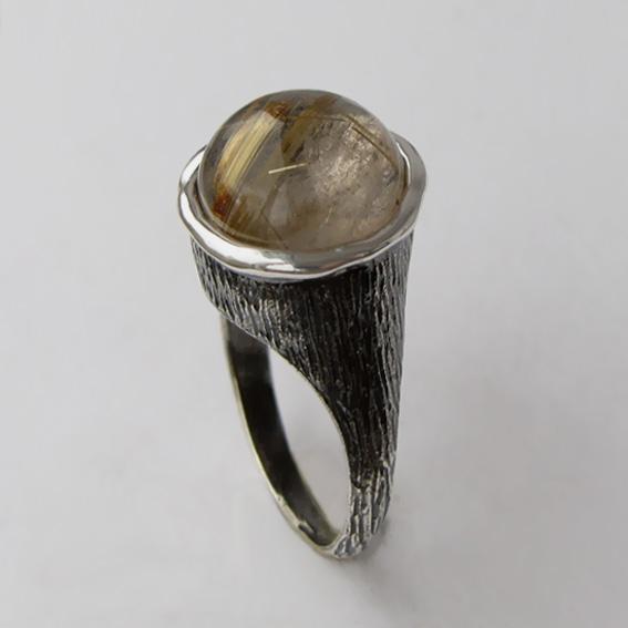 Кольцо с золотистым кварцем, арт. ПЕ3