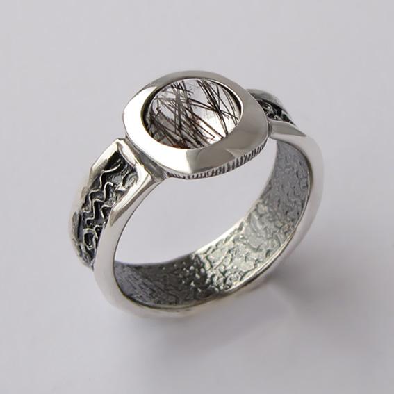 Кольцо с рутиловым кварцем, арт. ИЕ3