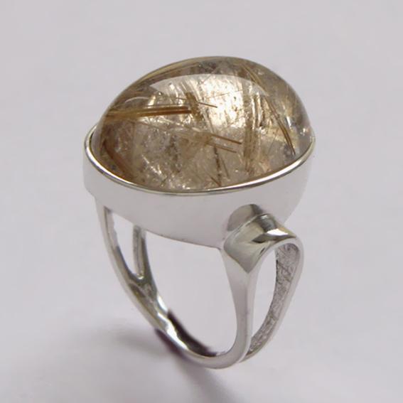Кольцо ЗЕ3 с золотистым кварцем