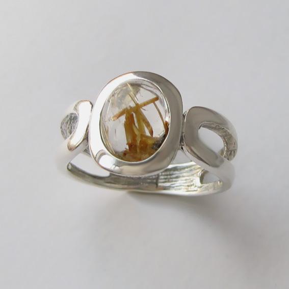 Кольцо с золотистым кварцем, арт. ЛСПОВ3
