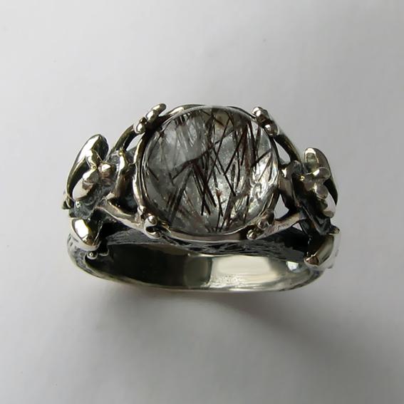 Кольцо с рутиловым кварцем, арт. ЛЯ3