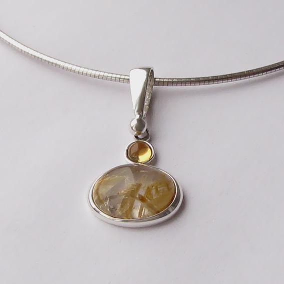 Кулон с золотистым кварцем, цитрином ОВК110
