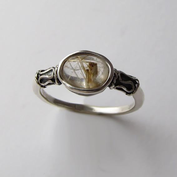 Кольцо с золотистым кварцем, арт. ОВП36
