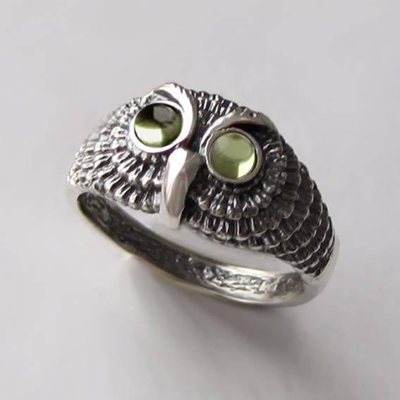 Кольцо с хризолитом, арт. ФИЛ3М