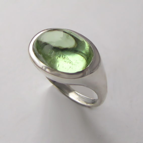 Кольцо с хризолитом, арт. КОВ39