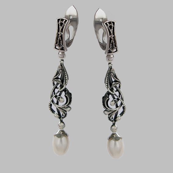 Серебряные серьги с жемчугом Д34А