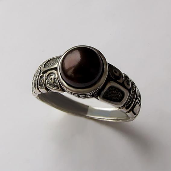 Кольцо с жемчугом темно-коричневым, арт. ГРИК3