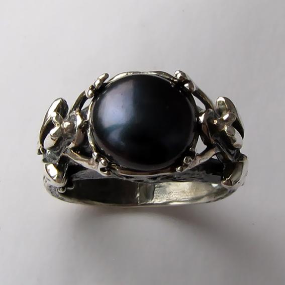 Кольцо с жемчугом черным, арт. ЛЯ3