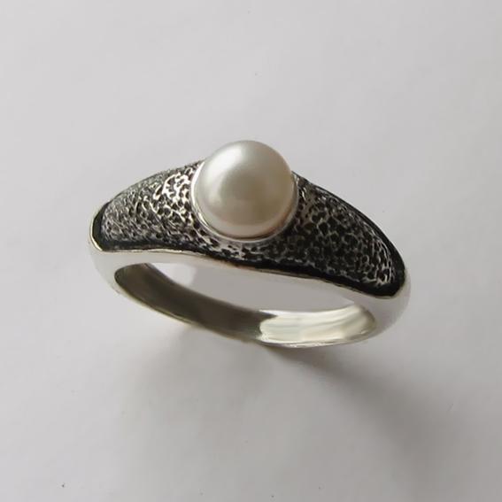 Кольцо с жемчугом, арт. ПФ35