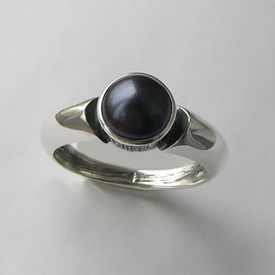 Кольцо с жемчугом черным, арт. ПФ36