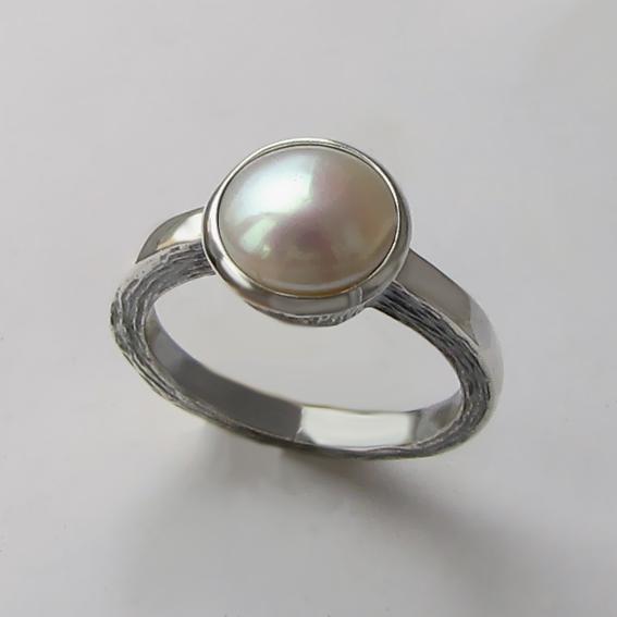 Кольцо с жемчугом, арт. ПФ38