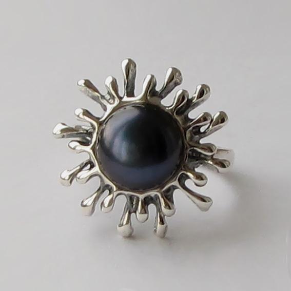 Кольцо с жемчугом черным, арт. СЧ3